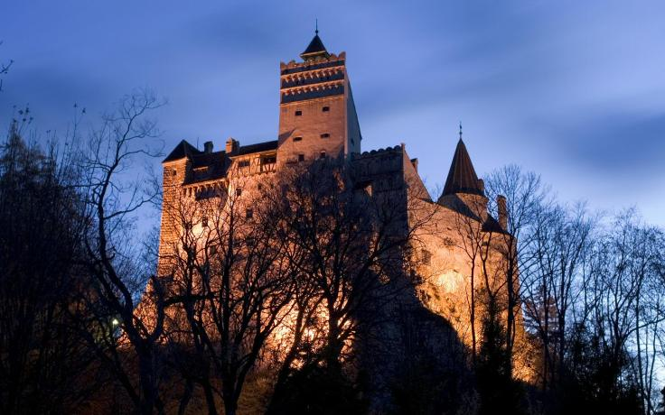bran castle twilight